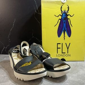 Fly London Yesk Mid Wedge Black Size 8.5m